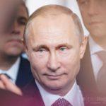 putin_krupno_ulybaetsya